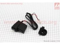 Зарядка USB универсальная на 2 выхода + ВОЛЬТМЕТР (крепление на руль) [Китай]