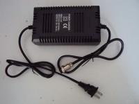 Зарядное устройство для электровелосипедов. Универсальный Вход 36 В 1.8a (подходит для 7-14ah свинцово-кислотный батарей)